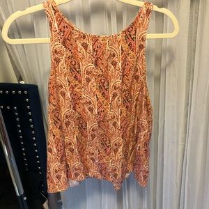 american eagle tank top w/ design and tie in back